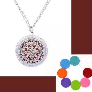 Jewelry - Aromatherapy Flower Pendant Necklace